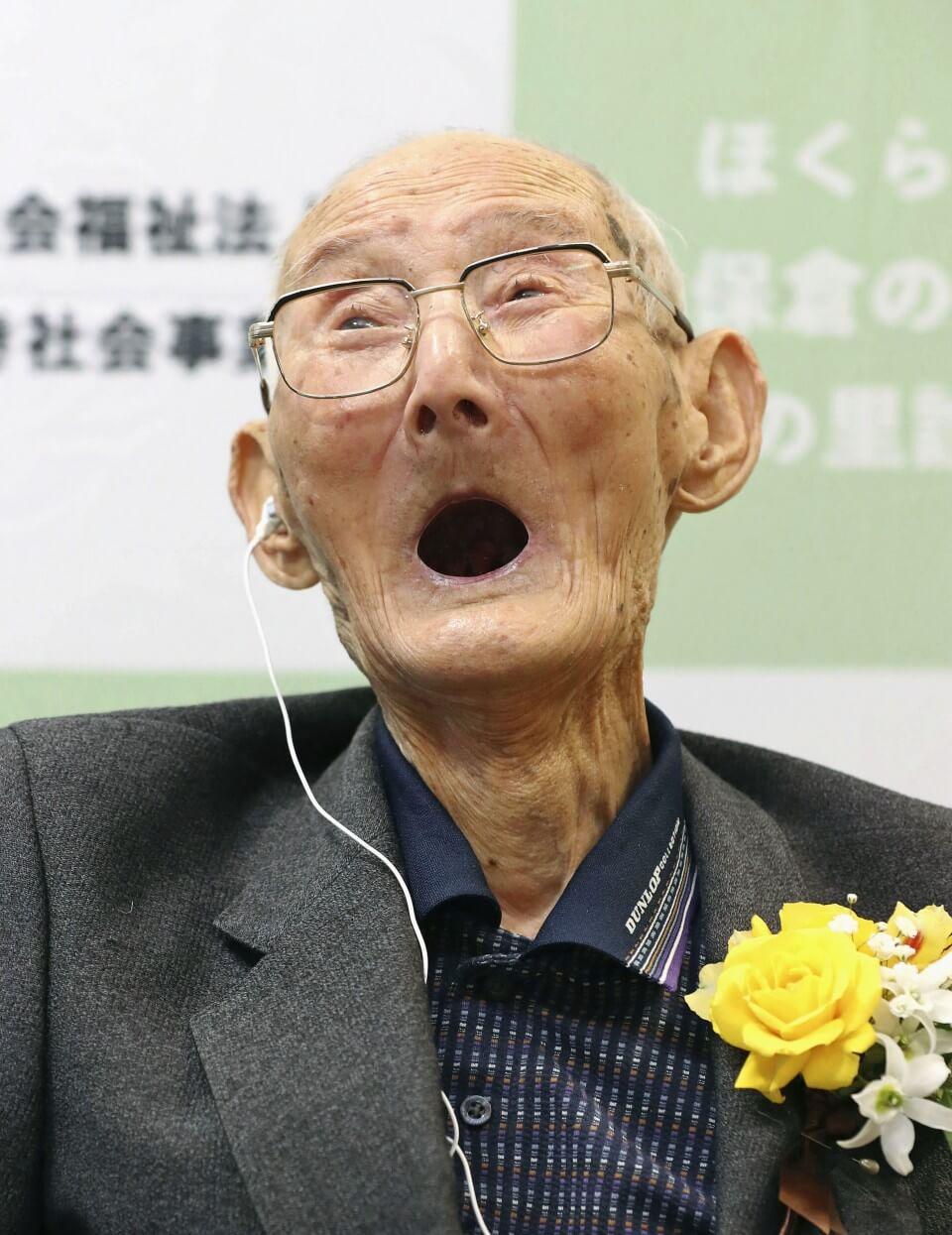 Japonês reconhecido como o homem mais velho morreu dias depois de receber o Guinness
