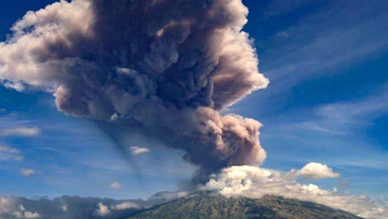 Nova ilha descoberta no Japão após erupção de vulcão submarino